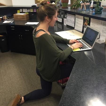 work-posture-kneeling