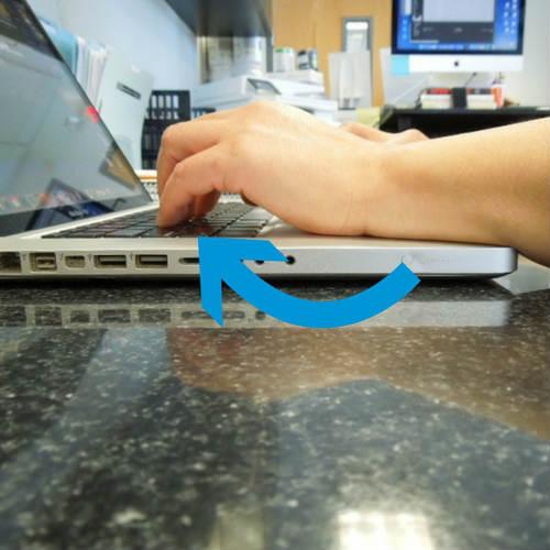 Desk-Wrist-Extension